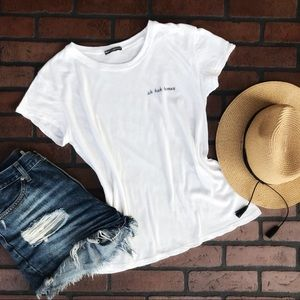 Brandy Melville Tops - ✨Brandy Melville WHITE T-SHIRT EXCELLENT CONDITION